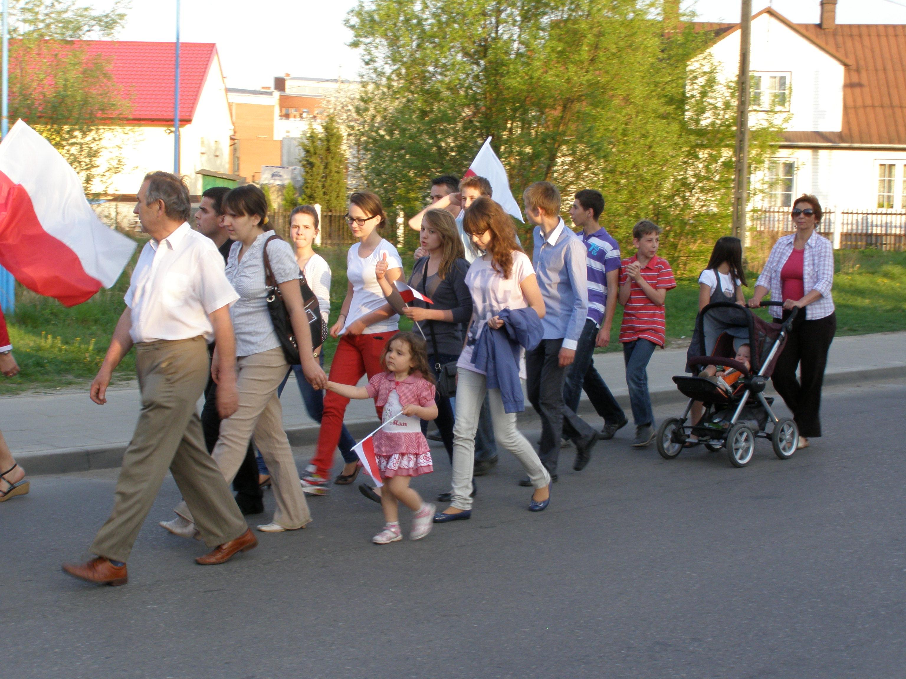 Dzień Flagi Rzeczypospolitej - Choroszcz, 2 maja 2012. Fot. P. Pawilcz